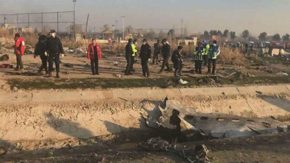 Boeing 737 tragen mindestens 170 stürzt im Iran nach dem Start mit keine überlebenden