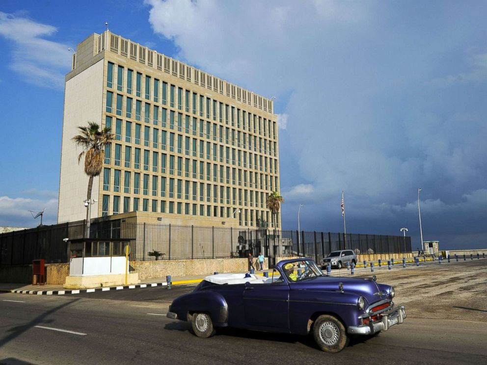 PHOTO: A vintage U.S. car passing in front of the U.S. Embassy in Havana, Dec. 17, 2015.