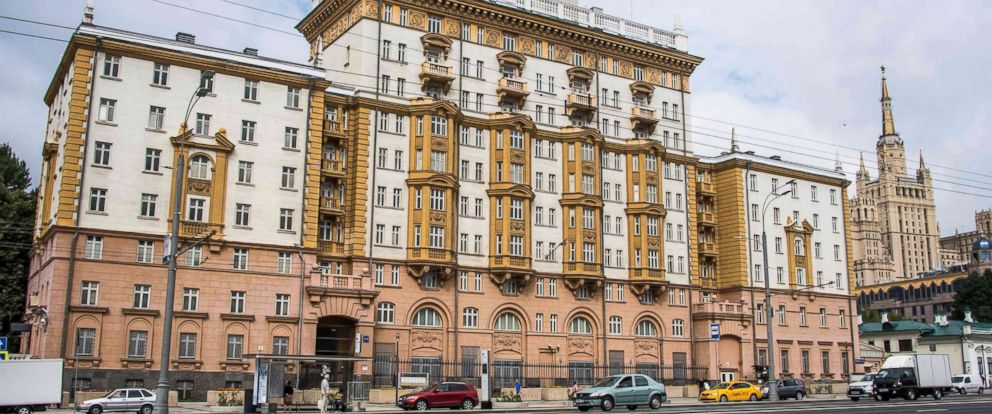 PHOTO: The U.S. embassy building in Moscow, July 31, 2017. Russian President Vladimir Putin said the United States would have to cut 755 diplomatic staff in Russia after the U.S. Congress backed new sanctions against the Kremlin.