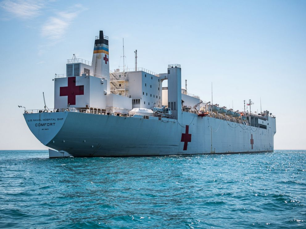 PHOTO: The Military Sealift Commands hospital ship USNS Comfort (T-AH 20) navigates through water during Comfort Exercise (COMFEX) 2018.