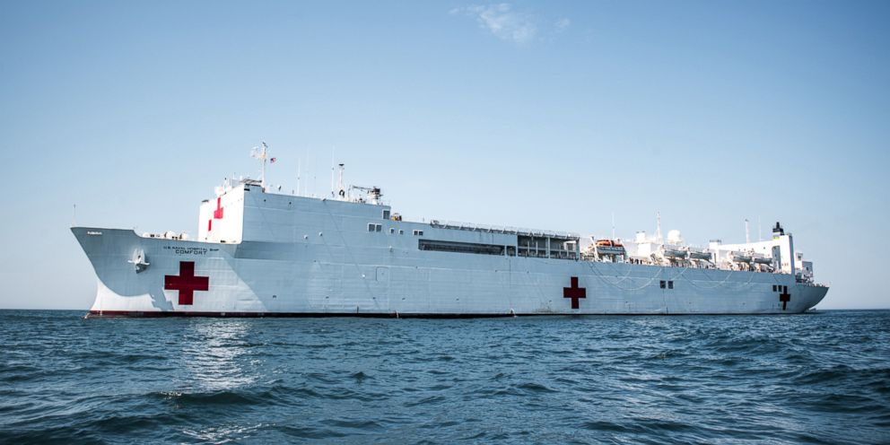 The Military Sealift Command's hospital ship USNS Comfort (T-AH 20) navigates through water during Comfort Exercise (COMFEX) 2018.