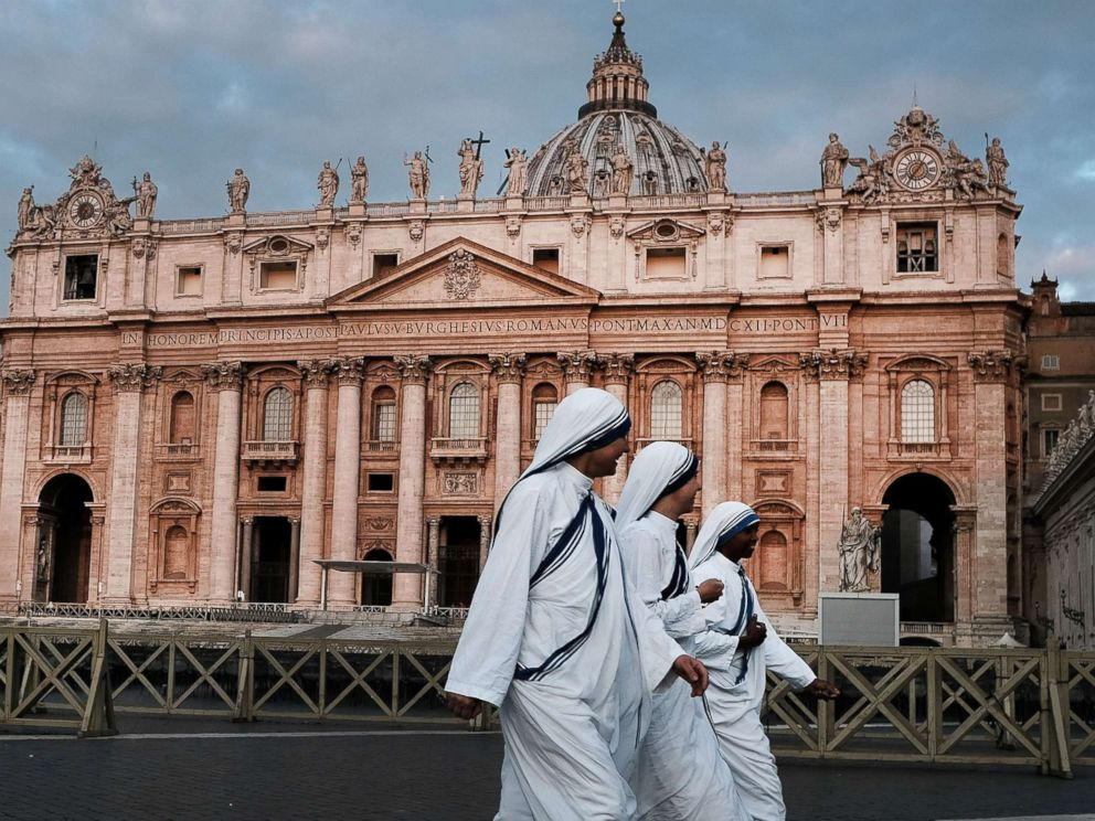 PHOTO: A group of nuns walk through St. Peters Square at dawn, Sept. 3, 2018, in Vatican City, Vatican.