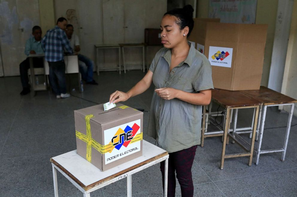 PHOTO: A Venezuelan casts her vote at a polling station during the presidential election in Caracas, Venezuela, May 20, 2018.