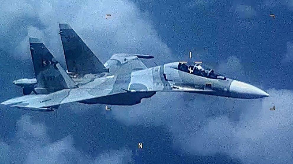 Venezuelan fighter 'aggressively shadowed' US reconnaissance plane over Caribbean Sea thumbnail