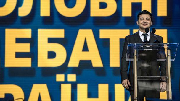 Comedian faces president in Ukrainian pre-election stadium debate