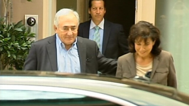 VIDEO: French journalists lawyer says client will file a lawsuit against ex-IMF chief.
