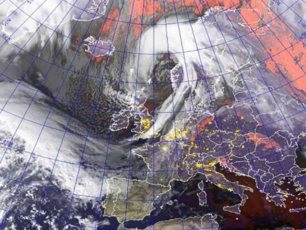 PHOTO: A large storm system named Caroline is moving to the north of the United Kingdom today, damaging winds 70 to 80 mph with gusts to 90 mph extend all the way to Scotland.