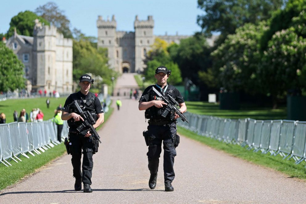 PHOTO: Police officers patrol the Long Walk in front of Windsor Castle, May 17, 2018, in Windsor, England.