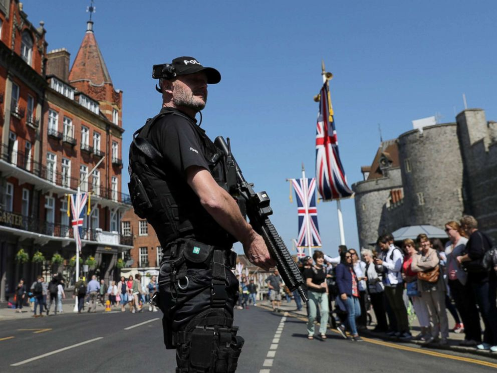 PHOTO: Armed police patrol ahead of the changing of the guard ceremony in Windsor, England, May 15, 2018.