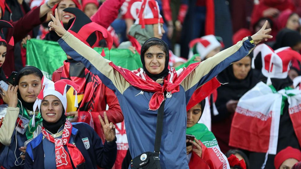 In A First For Iran Hundreds Of Women Attend A Major Soccer Match In Tehran Abc News