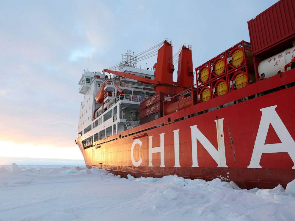 PHOTO: Chinas research icebreaker Xuelong arrives at the roadstead off the Zhongshan station in Antarctica, Dec. 1, 2018.