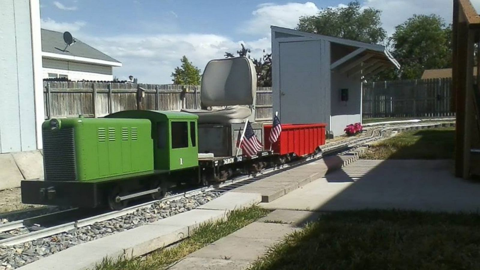 Backyard Railroad Locomotives man builds 400-foot railroad in backyard because he 'got a wild bug