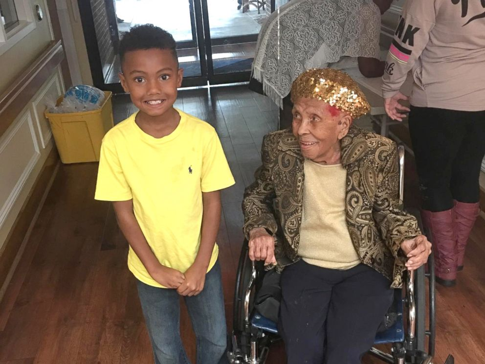 PHOTO: Lena Hall of Louisville, Kentucky, celebrated her 105th birthday on Sunday with her family.