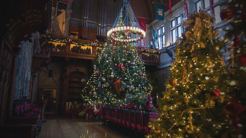 Biltmore Estate Takes Christmas Decor