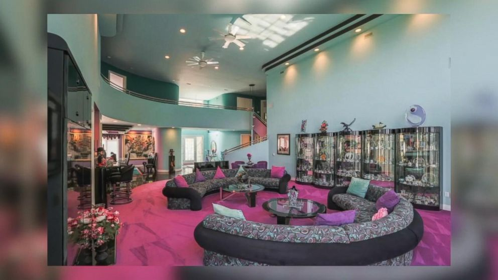 1990s mansion for sale includes original fly decor Video ...