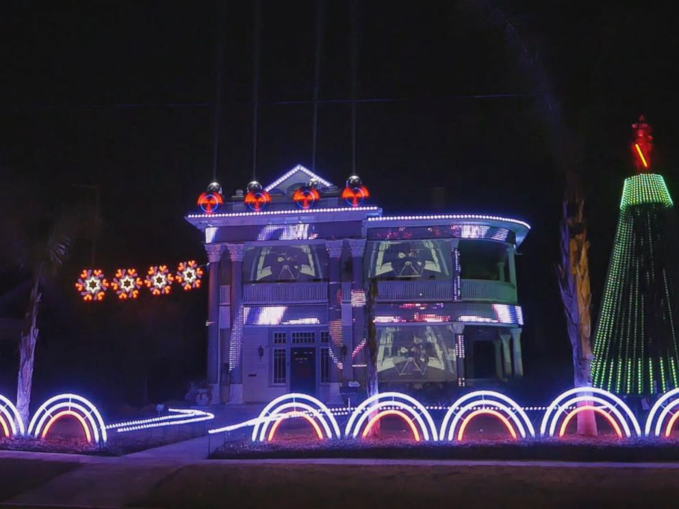 Man makes epic \'Star Wars\'-themed holiday light show out of 15,000 ...