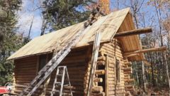 VIDEO: Canadian man builds log cabin by himself in time-lapse video