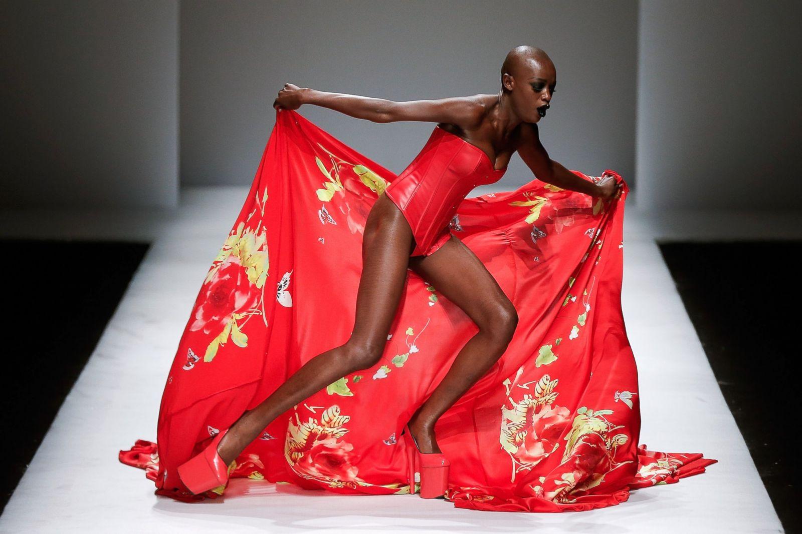 Timber! Epic Falls at China Fashion Week
