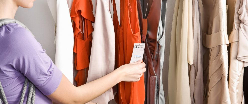 """PHOTO: Kyle James showed """"GMA"""" Investigates ways to know how youre getting the best shopping deal."""