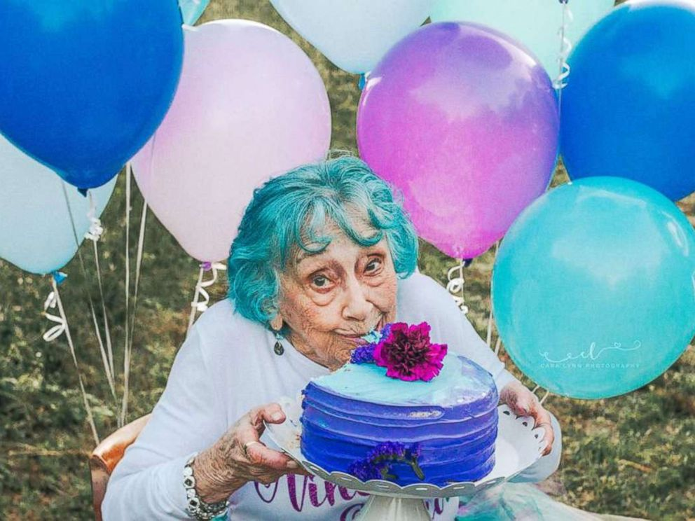 PHOTO: Gladys Weikle celebrated her 98th birthday with a confetti, cake and champagne-filled photo shoot arranged by her granddaughter.