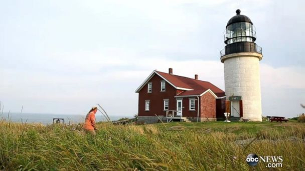 Couple Leaves It All Behind for Dream Job at Remote Lighthouse
