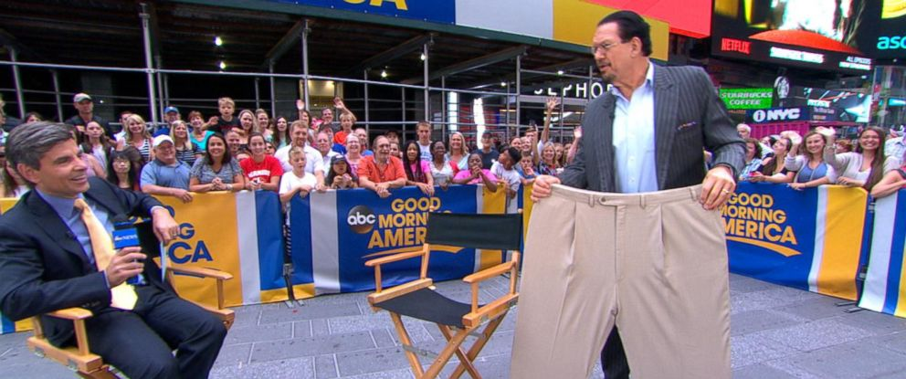 "PHOTO: World-famous illusionist Penn Jillette joined ""Good Morning America"" live, Aug. 2, 2016, to talk about his new book, ""PRESTO: How I Made Over 100 Pounds Disappear and Other Magical Tales."""