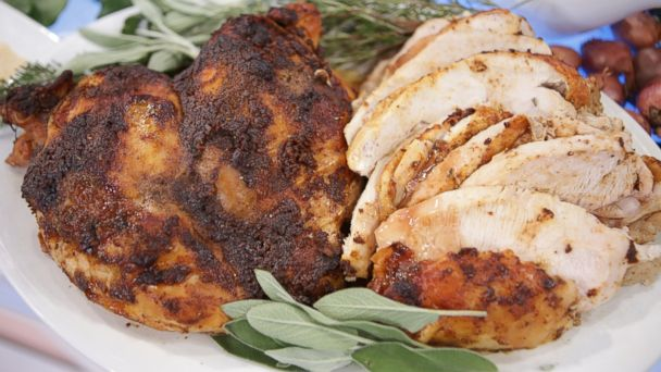 PHOTO: Bobby Flays Cedar Plank Roasted Turkey Breast with Cranberry Pinot Noir Gravy.
