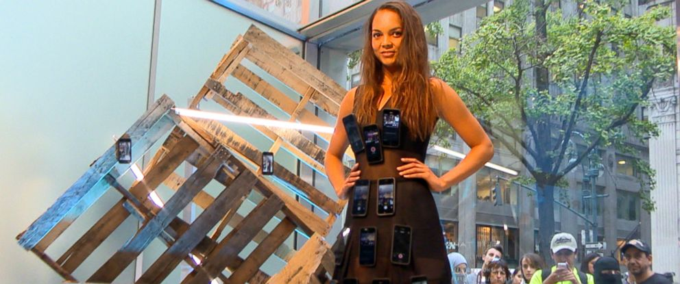 PHOTO: The iPhone Dress by fashion designer Elie Tahari offered fans a real-time glimpse of Taharis Spring 2015 presentation.