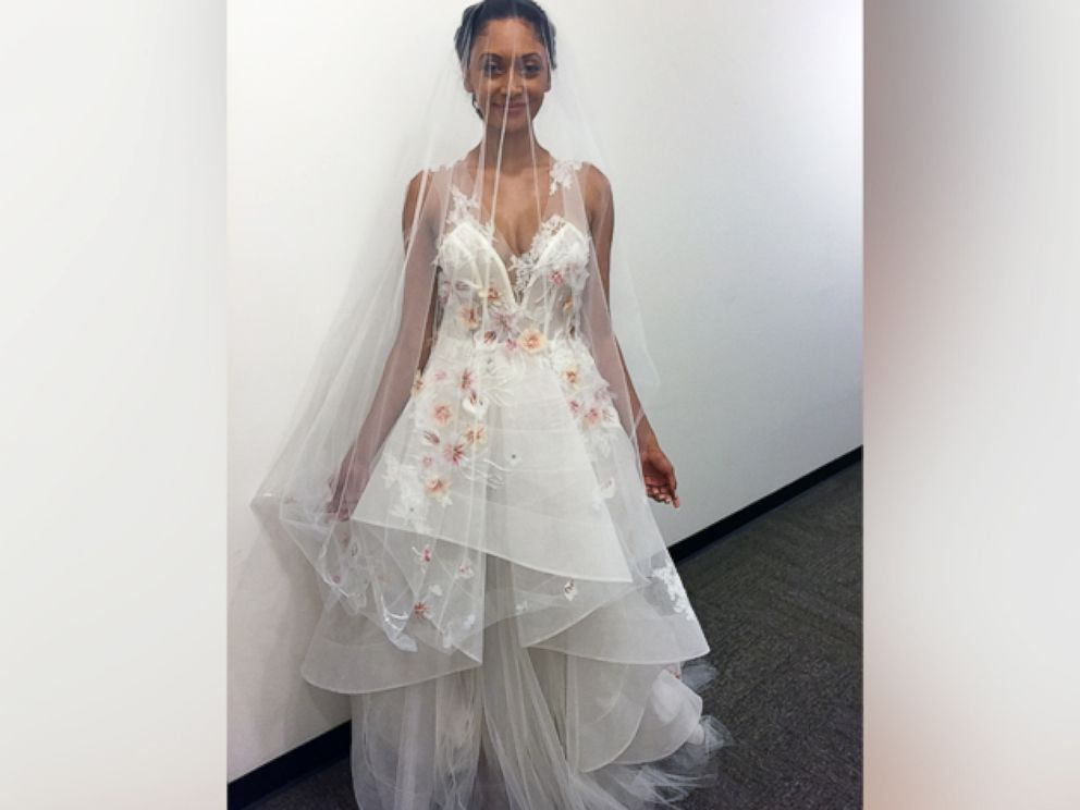 Photo Martha Weddings Picks The Hottest Wedding Dress Looks Of Season