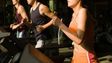 Treadmill classes are getting more popular among running enthusiasts.