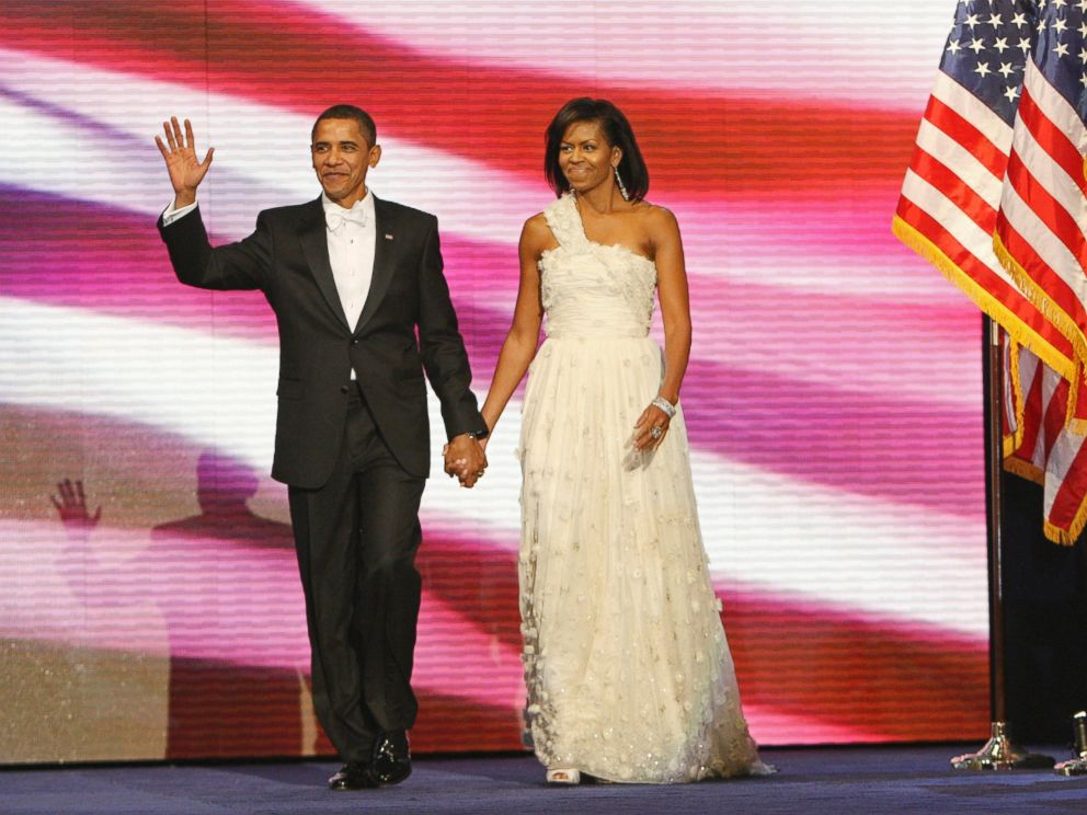 PHOTO: President Barack Obama, left, and first lady Michelle Obama, right, are introduced at the Neighborhood Inaugural Ball in Washington, Jan. 20, 2009.