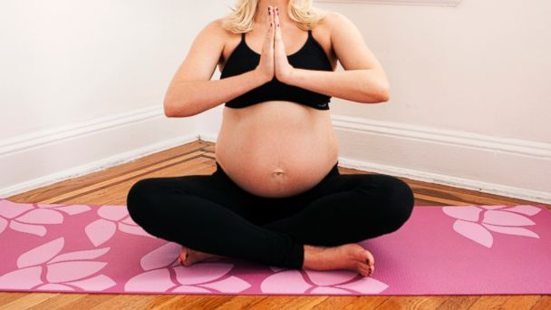 PHOTO: According to the Mayo Clinic, prenatal yoga can improve sleep and reduce stress.