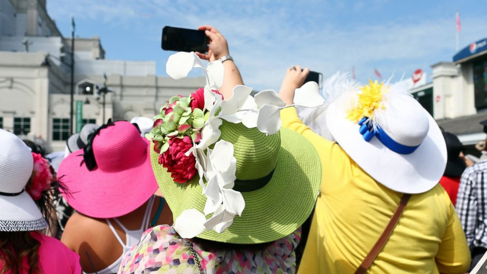 fa73fac1 Why women wear hats at the Kentucky Derby - ABC News