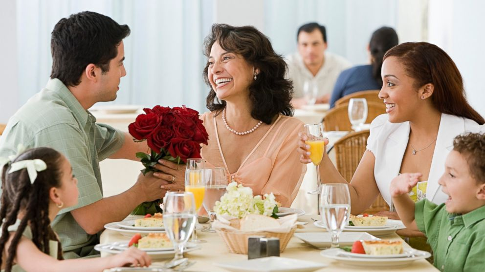 Mother S Day 2015 Dining Deals And Freebies Abc News
