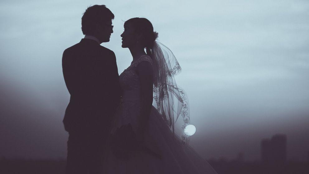 Dating in the dark wedding beste dating plattform schweiz