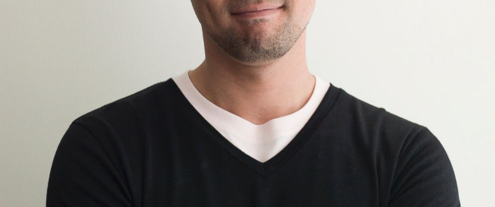 PHOTO: A new app claims it will only sell only black v-neck t-shirts.