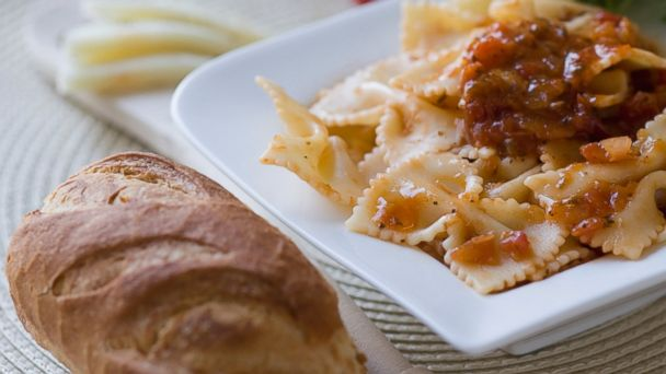 PHOTO: A love for carbohydrates like bread and pasta, can throw off a diet.