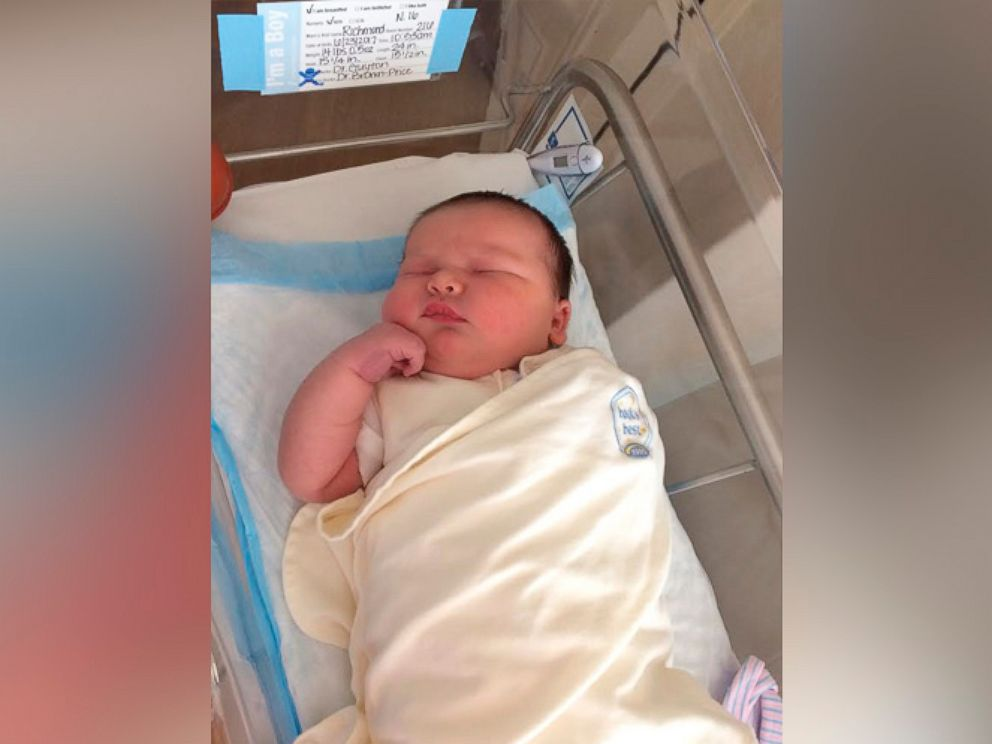 Jun 29,  · Watch video · Whitney Hallett was expecting a big baby. But the mom from Seymour, Indiana, got the surprise of her life when she gave birth to a pound boy named Waylon Cole via cesarean section on May 1 Author: Rachel Paula Abrahamson.