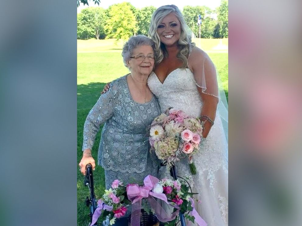 PHOTO Bride Abby Mershons 92 Year Old Grandmother Georgiana Arlt Grinned