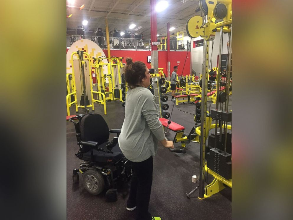 PHOTO: Lauren LaPorta, who went paralyzed after a pool incident in 2000, lost 40 pounds and gained her confidence back.