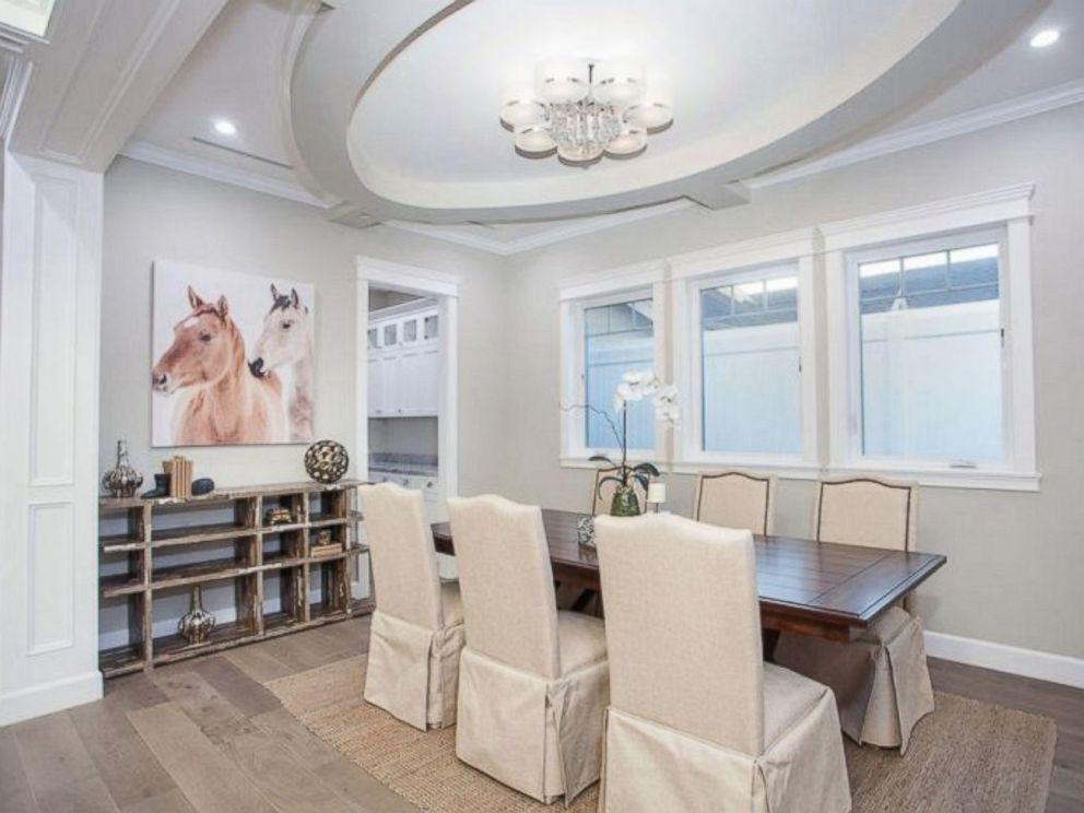 PHOTO: The dining room inside Ne-Yos $1.9 million California home. & See inside Ne-Yo\u0027s $1.9 million California home - ABC News