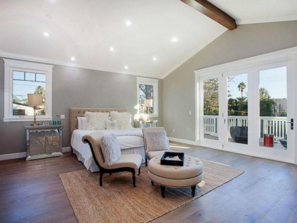 PHOTO: The master bedroom inside Ne-Yos $1.9 million California home. & See inside Ne-Yo\u0027s $1.9 million California home - ABC News