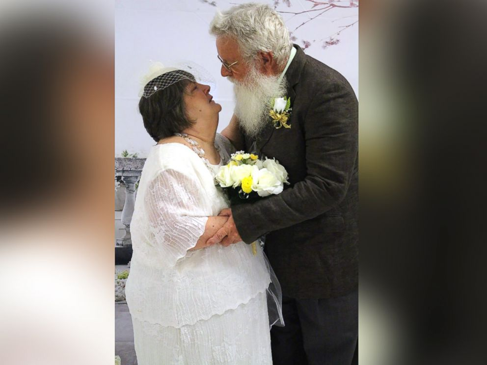 9 Senior Citizen Couples Renew Their Vows At Senior Care Center