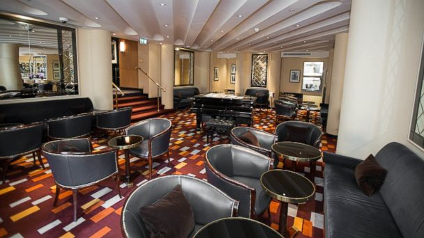 PHOTO: The American Bar inside The Savoy