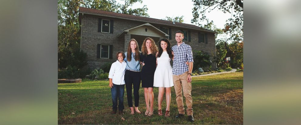 """PHOTO: Mother of four Cara Brookins writes in her upcoming memoir """"Rise"""" how she built her dream home with the help of YouTube videos."""