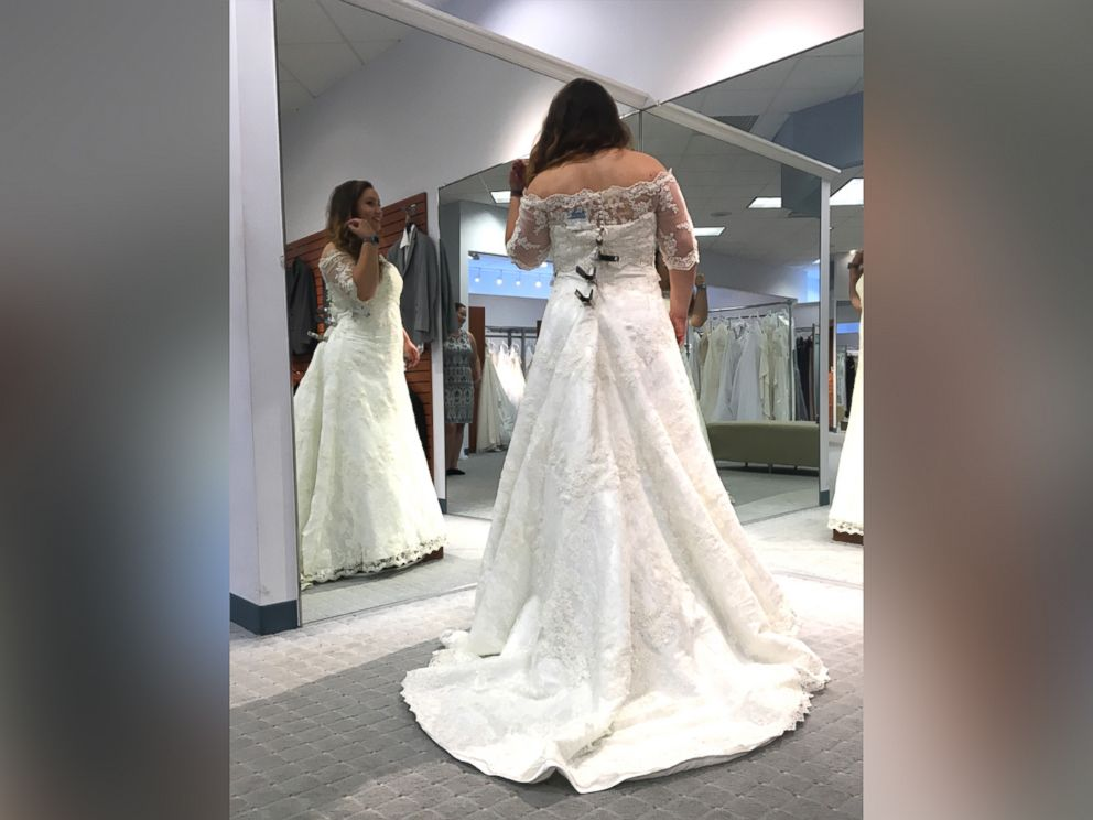 Brides To Be Offered Free Wedding Gowns After Dress Chain Closes