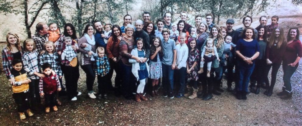 PHOTO: Pictured here, 46 members of the MacDowell family on a Thanksgiving holiday.