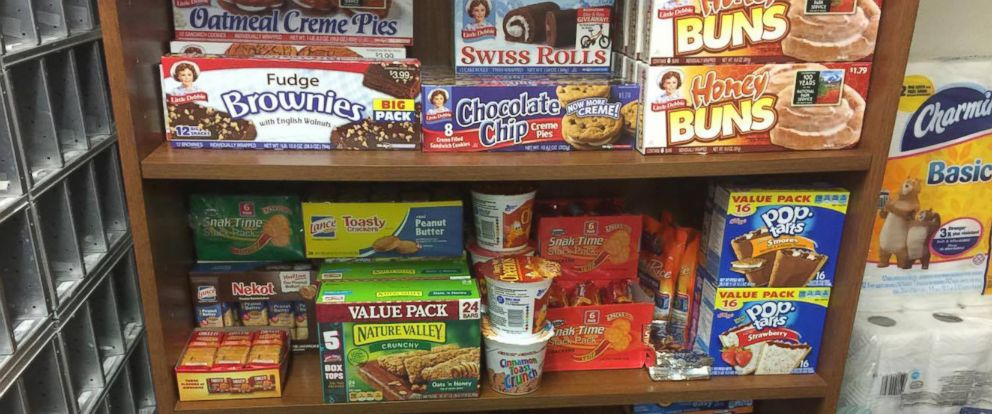 Alabama College Student Runs Food Pantry Out Of His Dorm