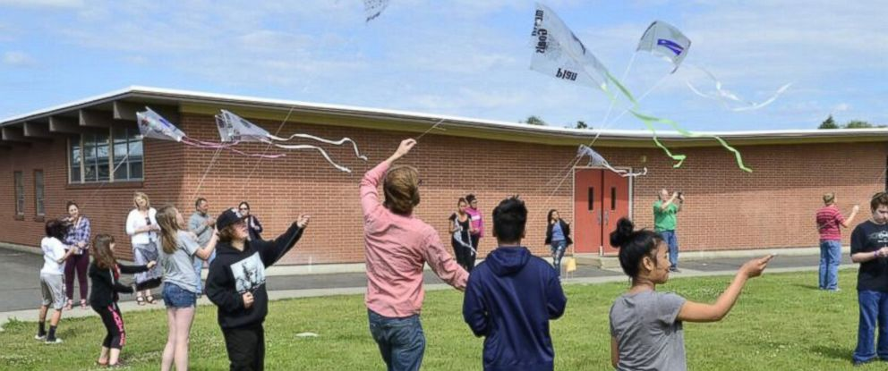 PHOTO: Keegan Shoreys students at Shaw Middle School in Spokane, Washington, spelled out his marriage proposal to Alexandra Maroney on top of kites.