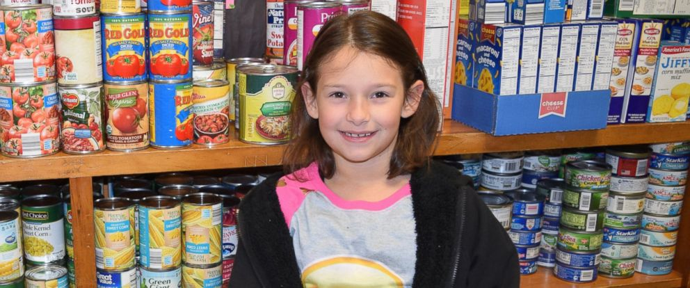 PHOTO: Phoebe Brown, 7, used her $100 scratch-off winnings to feed less fortunate families on Thanksgiving.